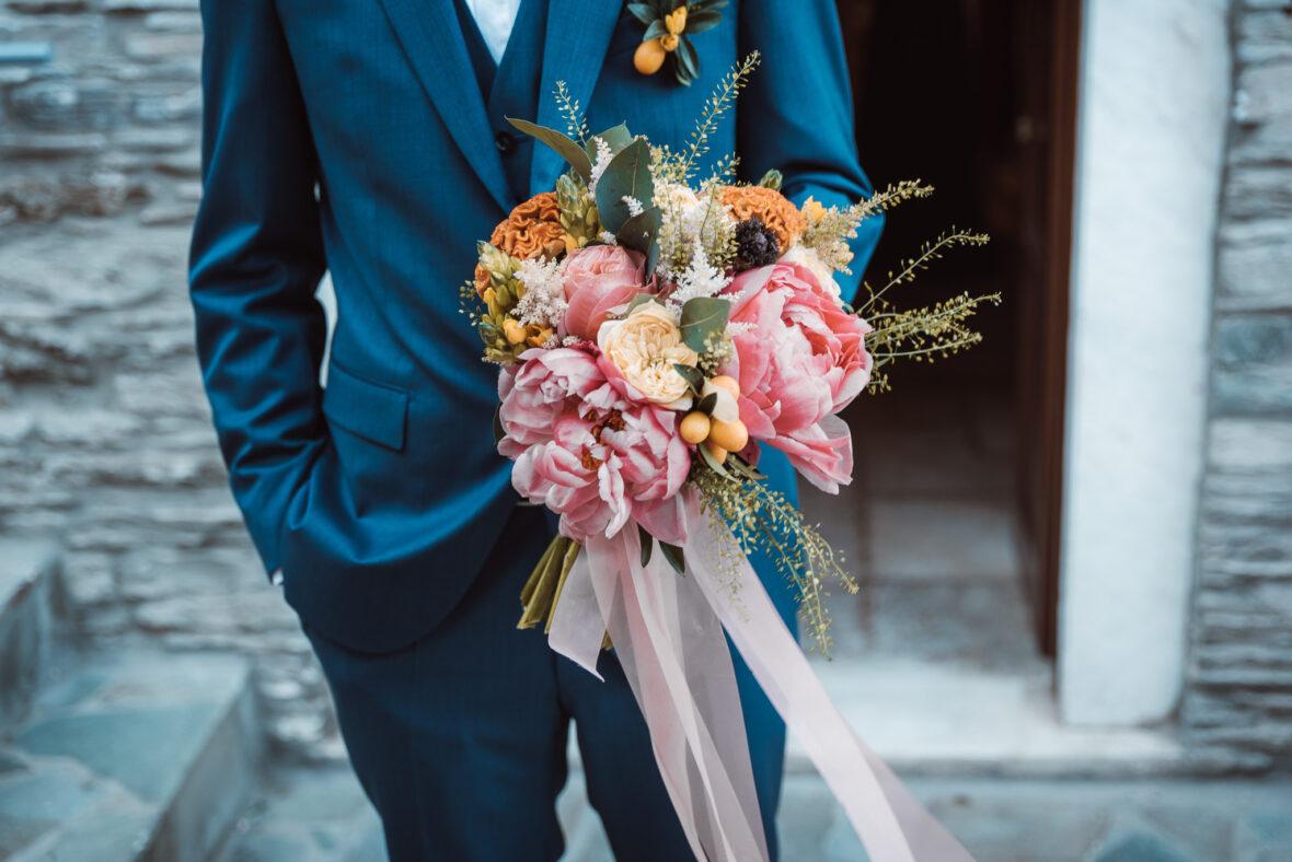 νυφική ανθοδέσμη   γάμος στην Άνδρο